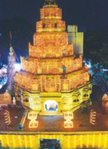 'दगडूशेठ' मंदिरात 51 हजार दिव्यांसह दीपाेत्सव